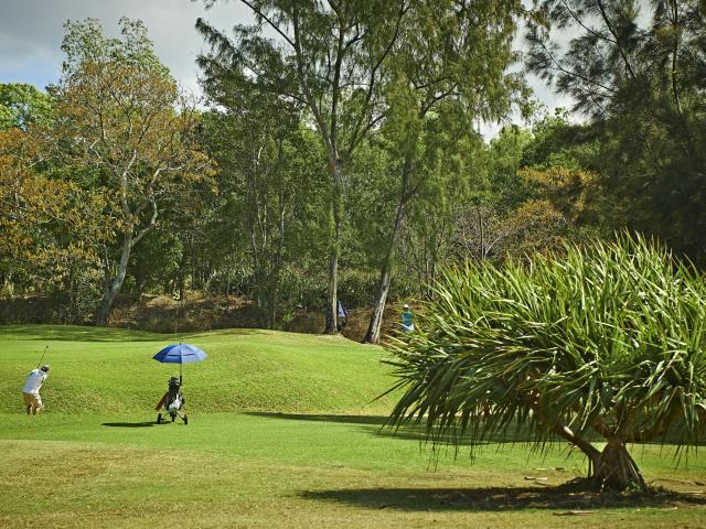 golf52_etang_sale_-_credit_irt_-_studio_lumiere_dts_12_2017.jpg