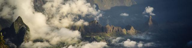Piton Des Neiges Ile De La Reunion.jpg