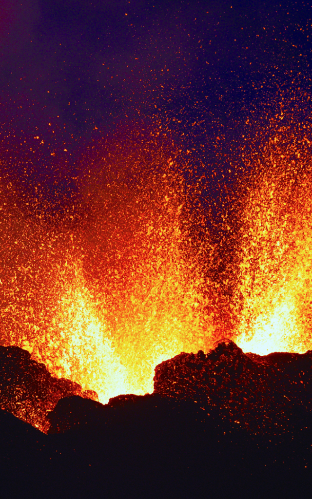 volcan_1ere_eruption_2019.png
