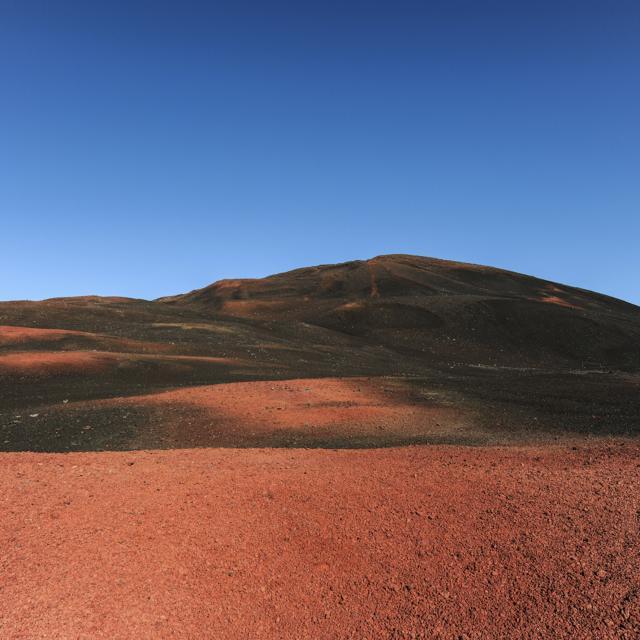 volcan_plaine_des_sables33_-_credit_irt_-_serge_gelabert_dts_12_2014.jpg