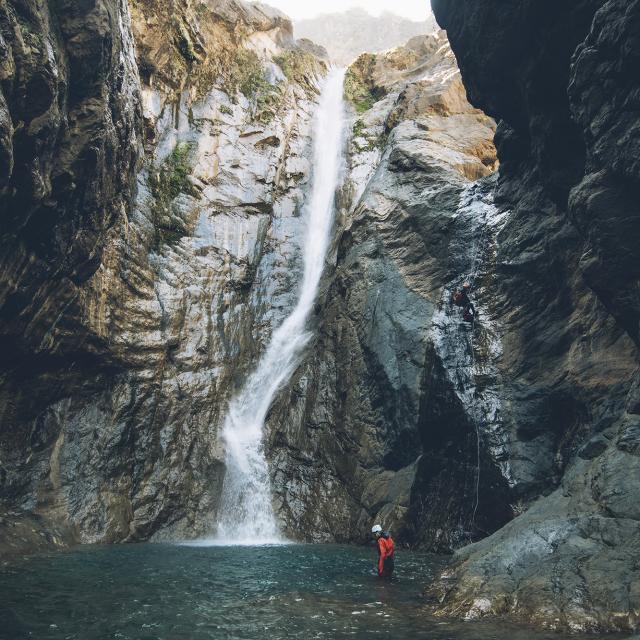 canyoning-cascade-credit-best_jobers_dts_05_2029-web.jpg