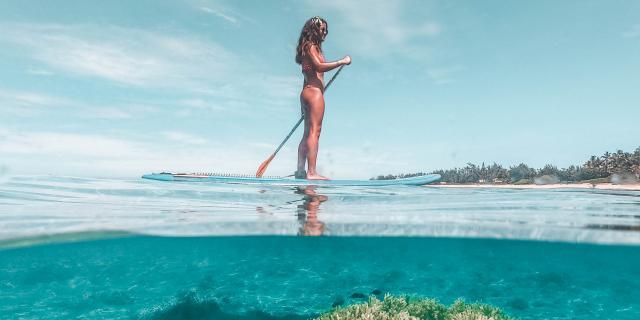 lagon-paddle-voyage-a-la-reunion-33-credit-amoureux-du-monde-dts-web-01-2025.jpg