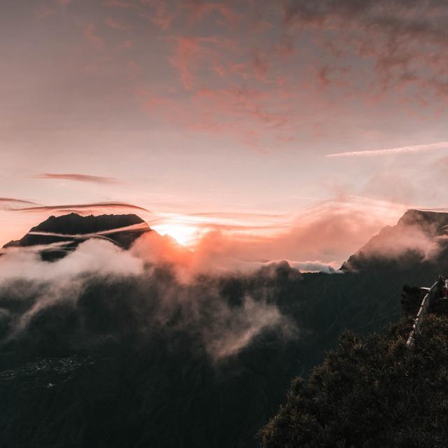 sommets-montagne-voyage-a-la-reunion-17-credit-amoureux-du-monde-dts-01-2025.jpg