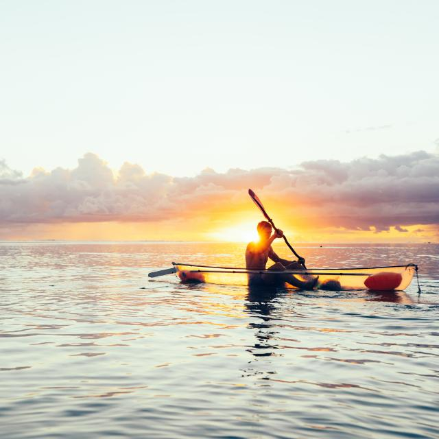 kayak-transparent-credit-buchowsky-vagabonde-dts-03-2024.jpg