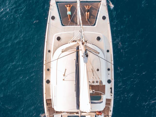 sortie-catamaran-credit-les-droners-dts-web-16-01-2030.jpg