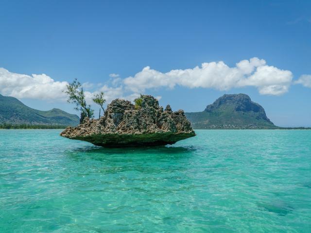 Crystal Rock, Île Maurice, Trapèze des Mascareignes, Îles Vanille