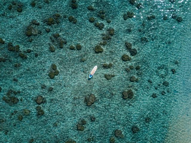 plage-lagon133-ermitage-vue-ciel-femme-credit-irt-michel-vespasien-dts-07-2021.jpg