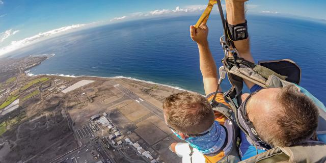 Sauter En Parachute Flytandem974 Irt@travels Gallery Dt 2030 (10)