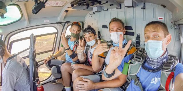 Sauter En Parachute Flytandem974 Irt@travels Gallery Dt 2030