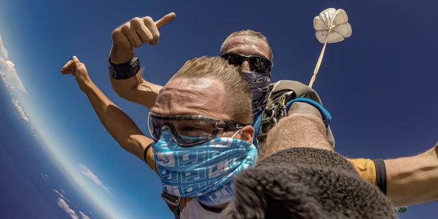 Sauter En Parachute Flytandem974 Irt@travels Gallery Dt 2030 (7)