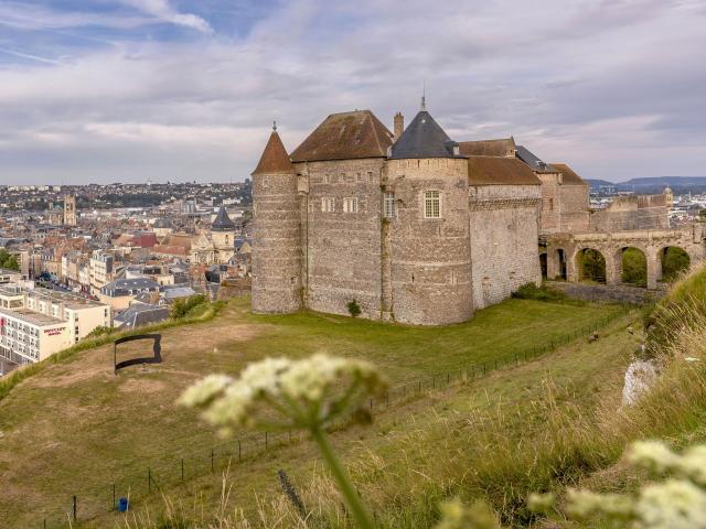 Chateau De Dieppe Giada Connestari 2