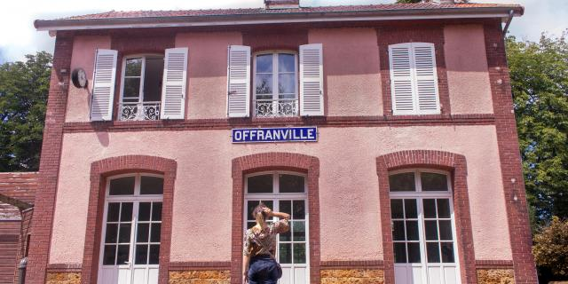 Gare Offranville Avenue Verte August Voyage