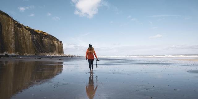 Photographe sur la plage de Varengeville-sur-Mer