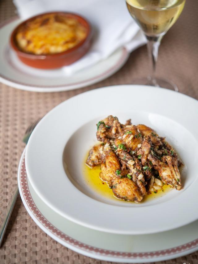 Assiettes de grenouilles cuisinée comme en Dombes