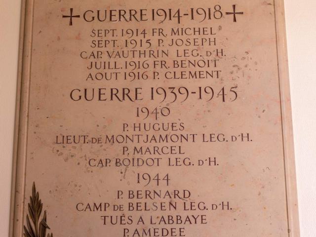 Plaque commémorative dans l'Abbaye Notre Dame des Dombes