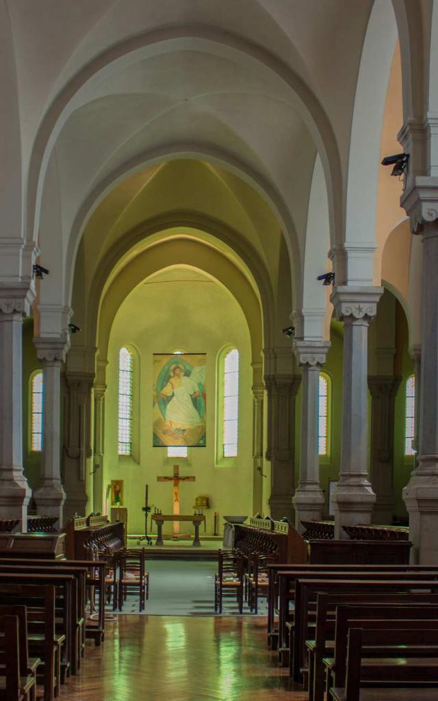 Eglise de l'Abbaye Notre Dame des Dombes au Plantay