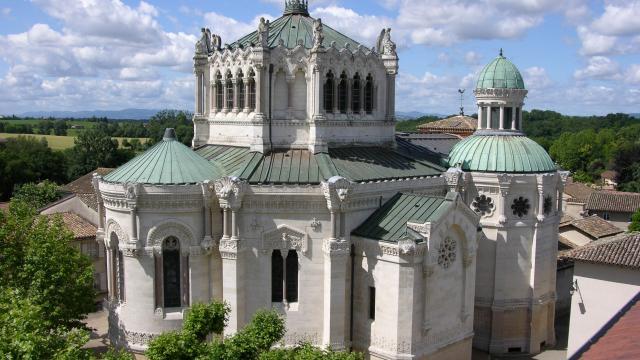 Basilique Saint Sixte d'Ars sur Formans