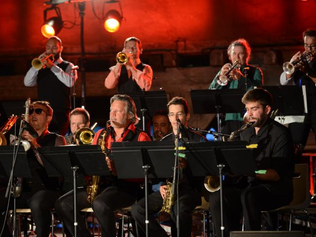 Concert Cuivres en Dombes sous les Halles de Chatillon sur Chalaronne