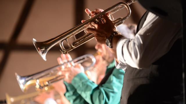 Concert sous les Halles de Chatillon sur Chalaronne