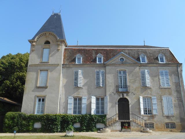 Place Du Chapitre Neuville