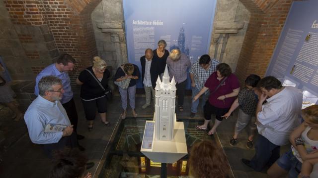 Beffroi Carillon 4 Moyen Age Douai Douaisis Nord France (c) Ad Langlet