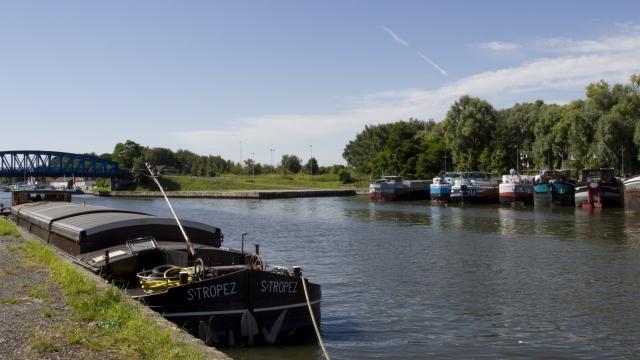 Bords Scarpe Peniches Canal Douai Douaisis Nord France (c) Ad Langlet