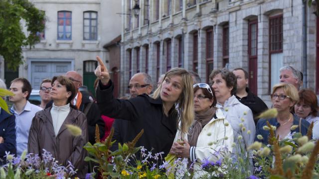 Visites guidée du Vieux-Douai, place du Marché au poisson Douai (c) Ad Langlet
