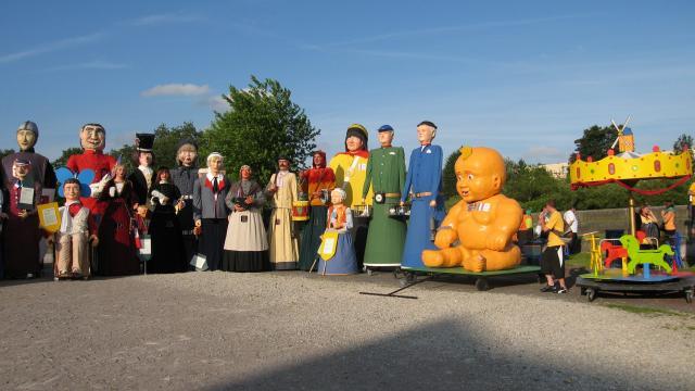 Rassemblement de géants-Géants-banquet-Douai-Douaisis Nord France