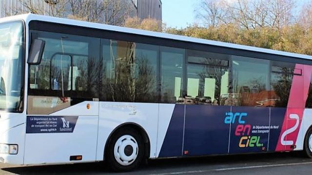 Bus Arc En Ciel 2