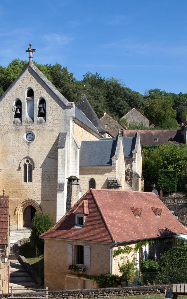 L'église de Carlux vue du château