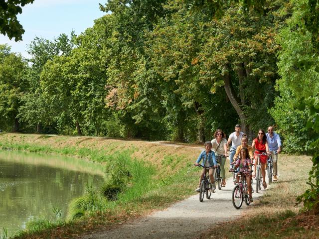Canal de Montech à vélo