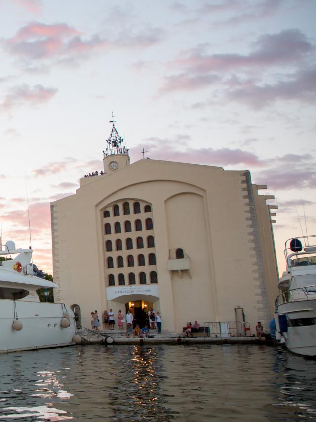 Eglise Port Grimaud (3)