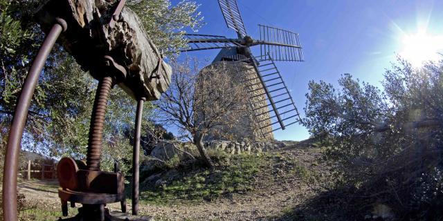 Moulin Saint Roch Grimaud Var (5)