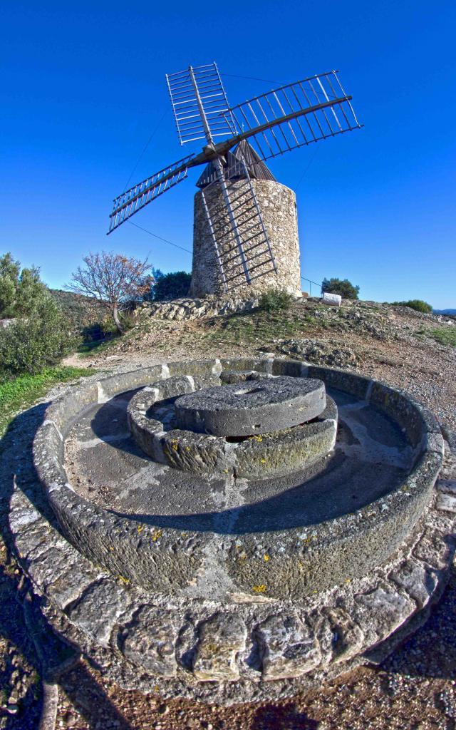 Moulin Saint Roch Grimaud Var (6)