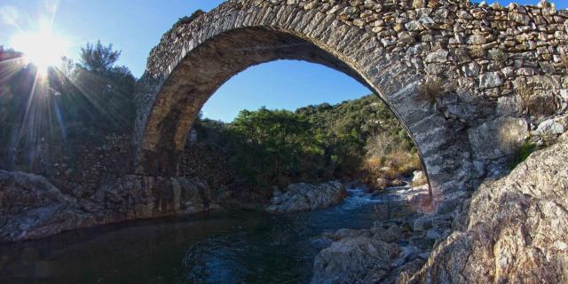 Pont Des Fees Grimaud Var (14)