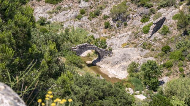 Pont Des Fees Grimaud Var (9)