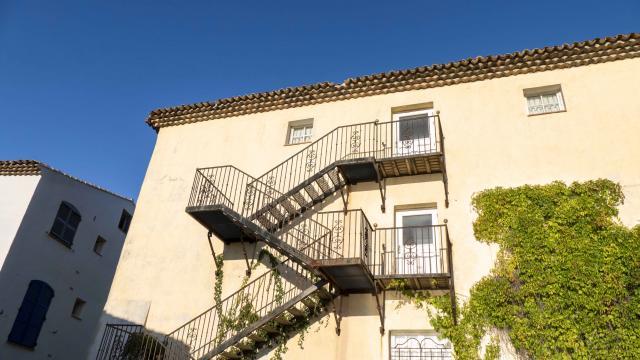 Escalier Fer Port Grimaud (2)