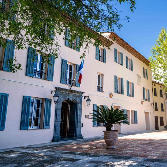 Mairie De Grimaud (2)