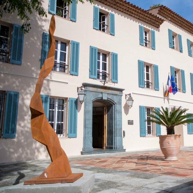 Mairie De Grimaud (5)