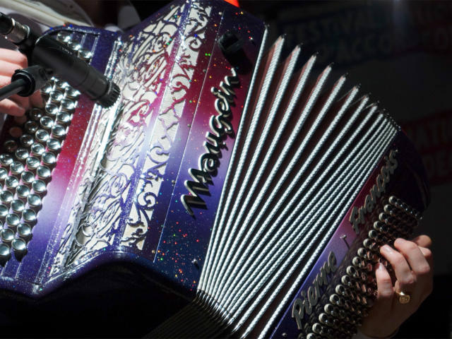 hmv-intemoporel-accordeon-hmvt.jpg