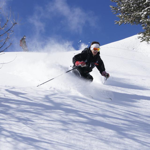 Ecole de ski et guide de montagne à La Tzoumaz