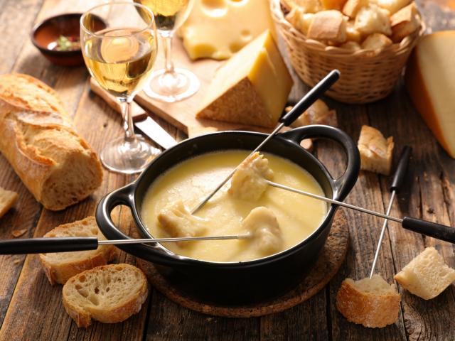 Manger une fondue au Collet d'Allevard