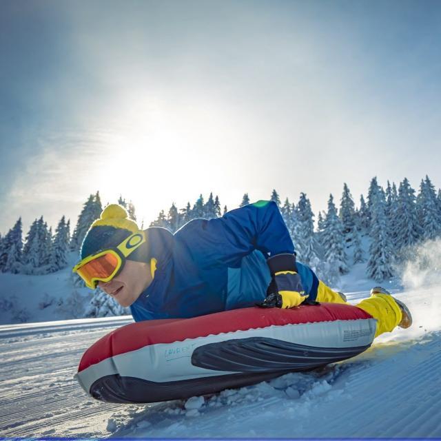 Activité Airboard au Collet durant les vacances de février