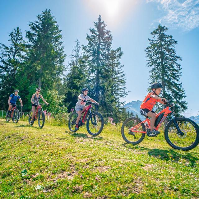 Sortie en vélo au Collet d'Allevard en été