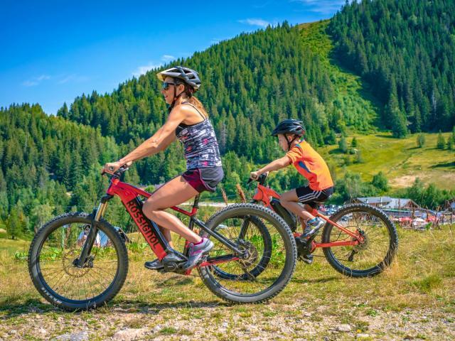 Balade en vélo à assistance électrique au Collet d'Allevard