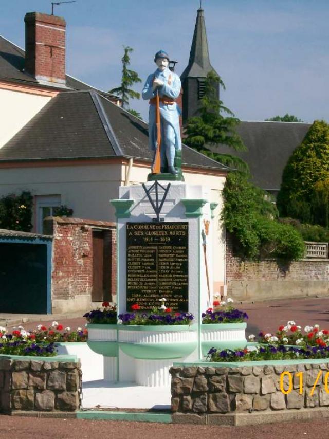 Destination Le Treport Mers Friaucourt Monument Aux Morts Village