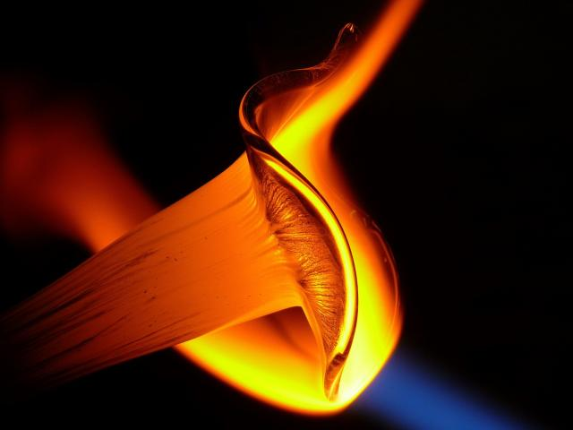 glass-blower-1026086-1920.jpg