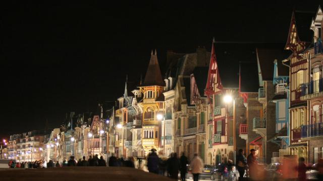 Ville De Mers Mers Front De Mer Nuit