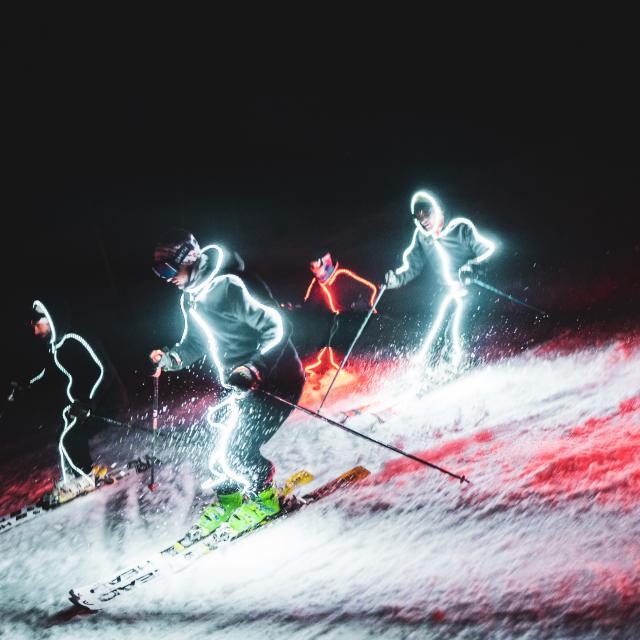 048-les-2-alpes-automne-hiver-fete-animation-nuit-ski.jpg