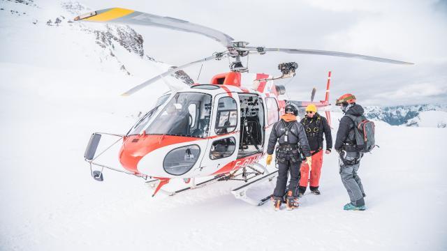 pisteurs et secours sur le domaine skiable des 2 ALpes